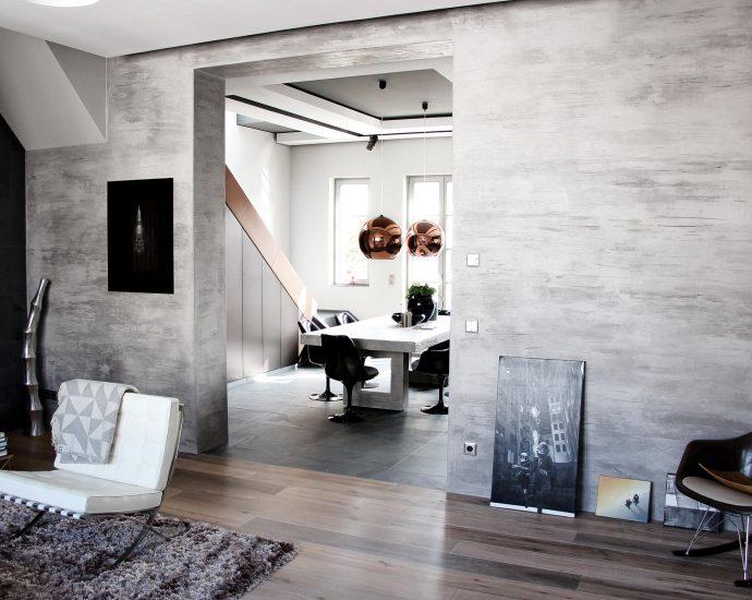 how to repair crumbling plaster walls
